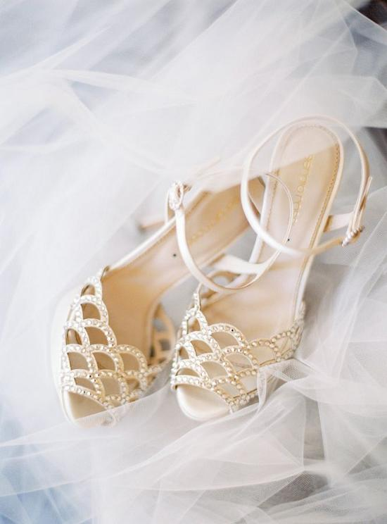 Wedding Philippines - 19 Elegant Laser Cut Wedding Shoes and Sandals (11)