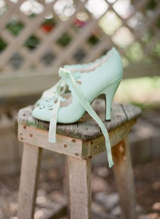 Wedding Philippines - 19 Elegant Laser Cut Wedding Shoes and Sandals (14)