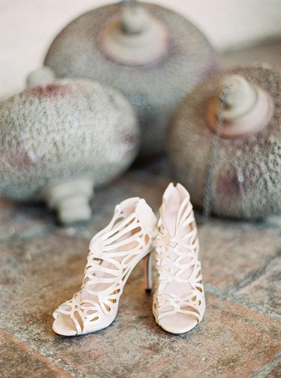 Wedding Philippines - 19 Elegant Laser Cut Wedding Shoes and Sandals (16)