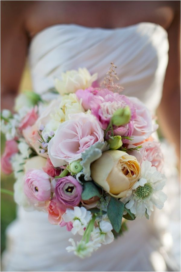Wedding Philippines - 30 Stunning Mixed Pastel Wedding Bride Bouquet Flower Ideas (24)