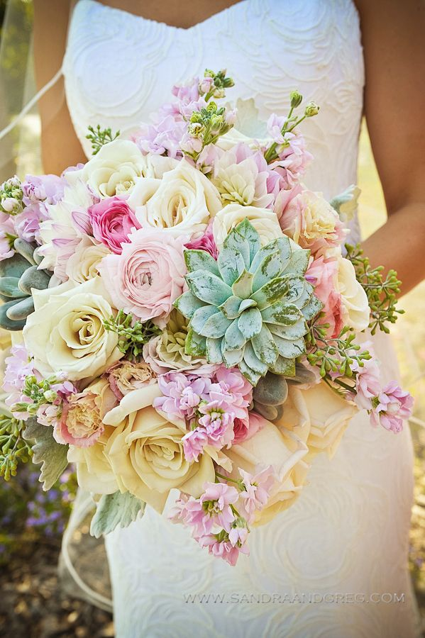 Wedding Philippines - 30 Stunning Mixed Pastel Wedding Bride Bouquet Flower Ideas (5)