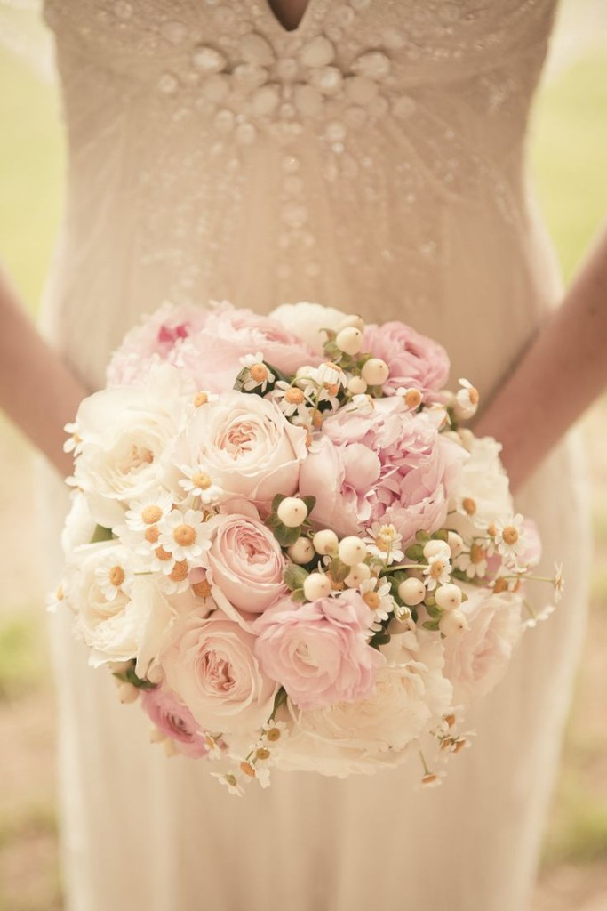 Wedding Philippines - 30 Stunning Mixed Pastel Wedding Bride Bouquet Flower Ideas (7)