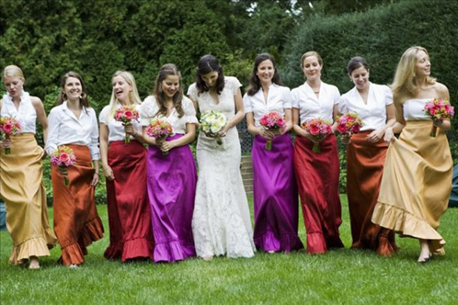 Wedding Philippines - Top 6 Ways to Wear Mismatched Bridesmaid Dresses - Mixing Tops Skirts (3)