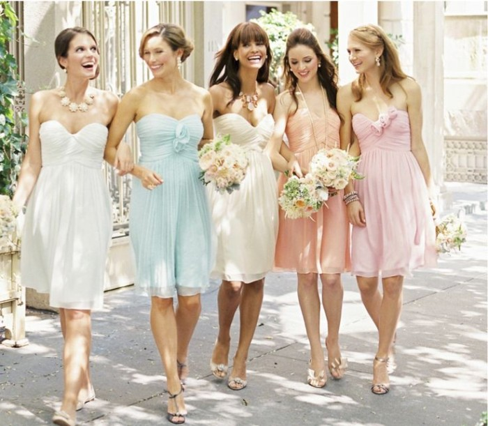 Wedding Philippines - Top 6 Ways to Wear Mismatched Bridesmaids - Different Colors, Different Styles (1)