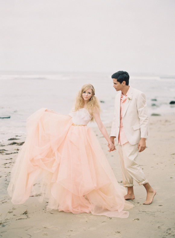 Wedding-Philippines-Blush_Wedding_Gown_Dresses-Blush-and-White-Tulle-Beach-Bridal-Gown