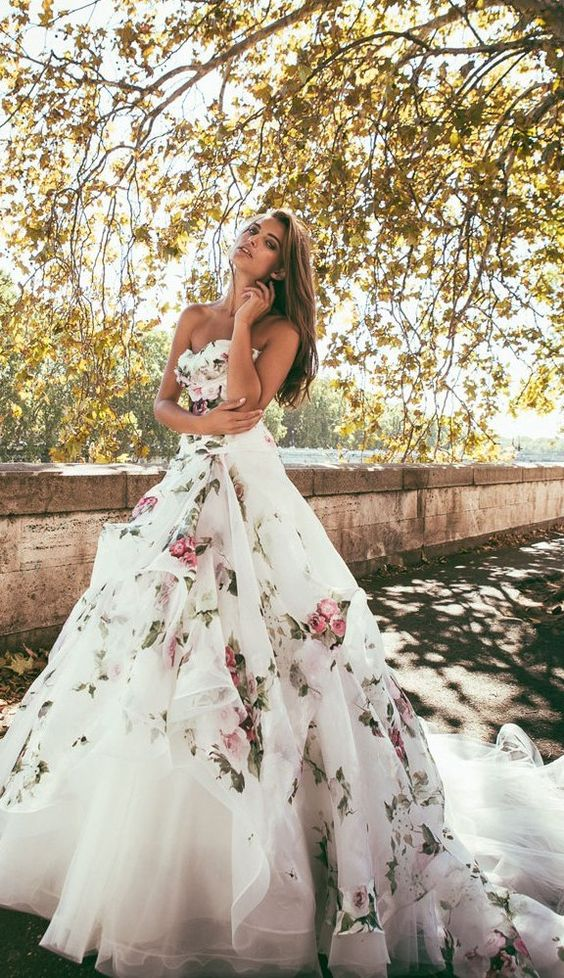 Wedding_Philippines_Beautiful_Floral_Inspired_Wedding_Dresses_Alessandro Angelozzi Couture 2015