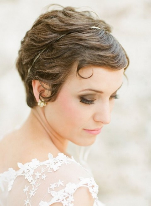 15 Chic Wedding Hairstyles For Short Hair Wedding Philippines Wedding Philippines